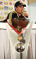 BOGOTA -COLOMBIA-05-02-2013: Juan Fernando Quintero, Jugador de la selección Colombia de fútbol Sub-20 durante rueda de prensa en Bogotá, febrero 5 de 2013. La selección Colombia Sub-20 campeona del suramericano  2013, después de 8 años volvió a alzar el máximo trofeo suramericano de la categoría por tercera ocasión. (Foto: VizzorImage / Luis Ramírez / Staff) Juan Fernando Quintero,  player of the Colombia U-20, during a press conference in Bogota, February  5, 2013. Juan Fernando Quintero, player of the Colombia U-20 team champion of the South American 2013, after 8 years he returned to raise the maximum trophy of the category of South American for the third time.(Photo : VizzorImage / Lus Ramírez / Staff)
