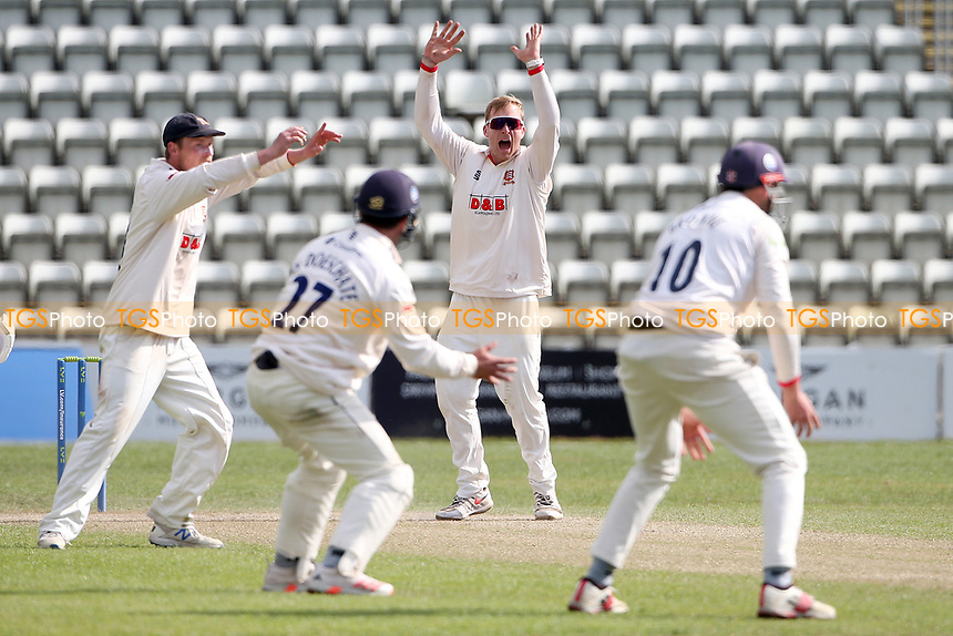 Simon Harmer of Essex with a big appeal during Worcestershire CCC vs Essex CCC, LV Insurance County Championship Group 1 Cricket at New Road on 2nd May 2021