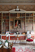 Architects Matthew Brettingham, William Chambers and James Wyatt all contributed to the decoration of the large library