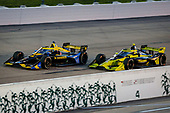 #26: Zach Veach, Andretti Autosport Honda and #4: Charlie Kimball, A.J. Foyt Enterprises Chevrolet