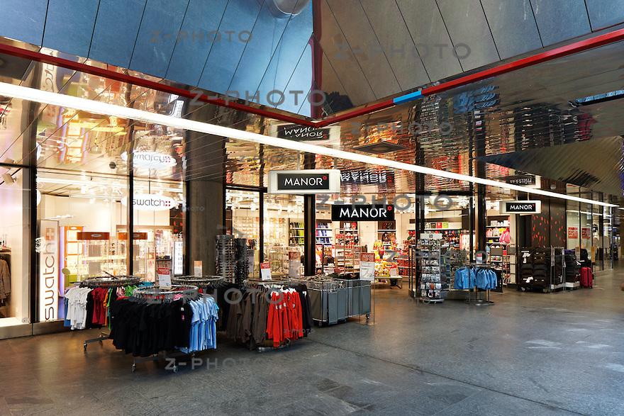 Geschaefte Bahnhof Genf Flughafen am 24. Oktober 2011<br /> Mehr Bahnhof fuer SBB Immobilien<br /> <br /> Copyright © Zvonimir Pisonic / SBB CFF FFS