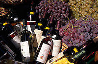 Italien, Lombardei, Wein-Verkauf in Limone am Gardasee