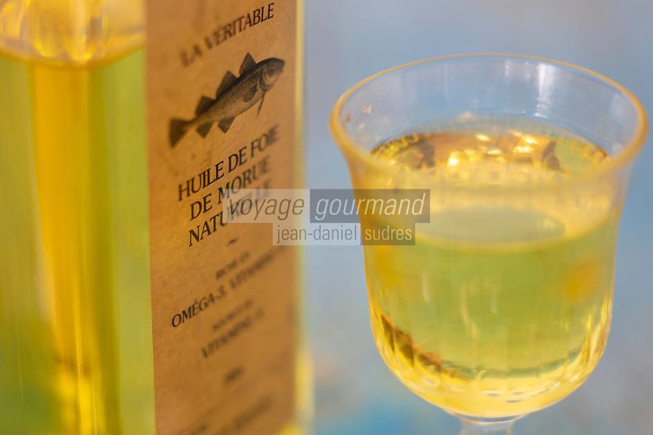Gastronomie générale/Diététique/ Huile de foie de morue bio  //  General gastronomy / Dietetics / Organic cod liver oil