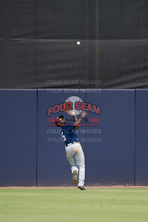 Lakeland Flying Tigers center fielder Daz Cameron (25) tracks down a fly ball during a game against the Tampa Tarpons on April 8, 2018 at George M. Steinbrenner Field in Tampa, Florida.  Lakeland defeated Tampa 3-1.  (Mike Janes/Four Seam Images)