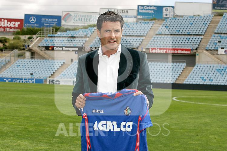 Getafe's  new coach Miguel Gonzalez Michel during his presentation, April 28, 2009. (ALTERPHOTOS/Alvaro Hernandez).