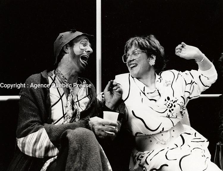May 12 1985 File Photo : SOL (Marc Favreau) and Angele Arsenault (R)