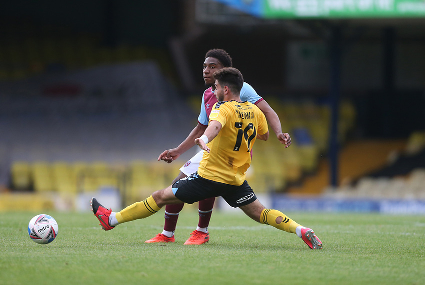 West Ham United's Oladapo Afolayan and Southend United's Eren Kinali<br /> <br /> Photographer Rob Newell/CameraSport<br /> <br /> EFL Trophy Southern Section Group A - Southend United v West Ham United U21 - Tuesday 8th September 2020 - Roots Hall - Southend-on-Sea<br />  <br /> World Copyright © 2020 CameraSport. All rights reserved. 43 Linden Ave. Countesthorpe. Leicester. England. LE8 5PG - Tel: +44 (0) 116 277 4147 - admin@camerasport.com - www.camerasport.com