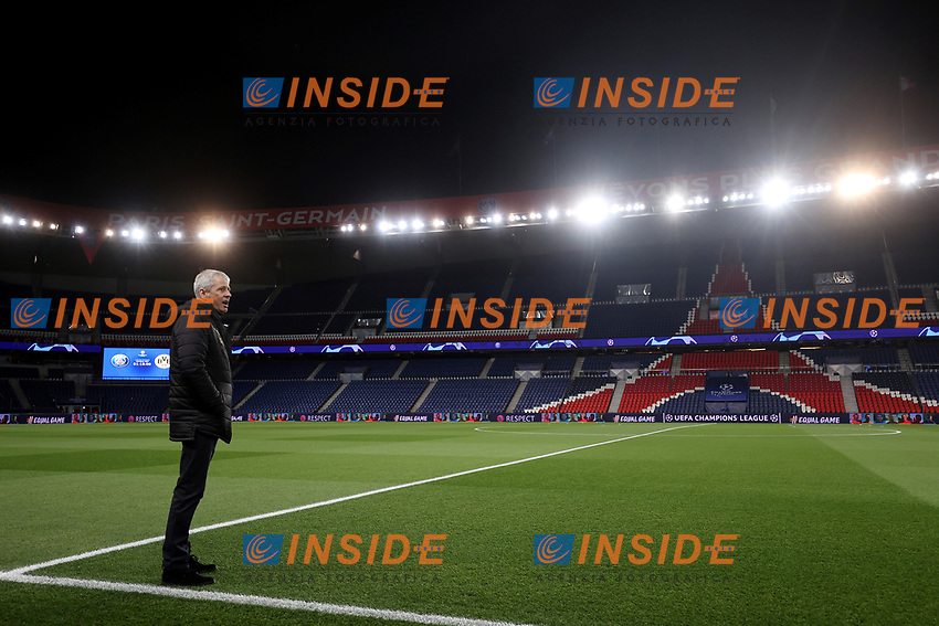 Soccer Football - Champions League - Round of 16 Second Leg - Paris St Germain v Borussia Dortmund - Parc des Princes, Paris, France - March 11, 2020  Borussia Dortmund coach Lucien Favre on the pitch before the match which will be played behind closed doors as the number of coronavirus cases grow around the world    <br /> Photo Pool/Panoramic/Insidefoto