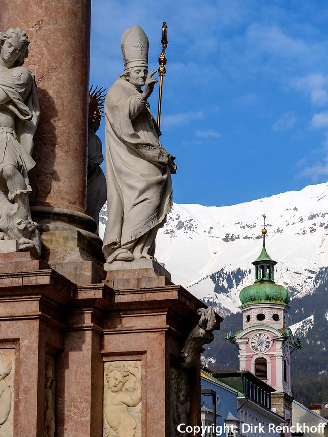 Annasäule und Spitalskirche,  Maria-Theresien-Straße, Innsbruck, Tirol, Österreich, Europa<br /> Anna column and Hospice Church. Maria-Theresien-St., Innsbruck, Tyrol, Austria, Europe