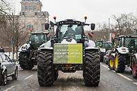 """Mehrere hundert Bauern, hautsaechlich aus Niedersachsen und Schleswig-Holstein, demonstrierten seit dem 26. Januar 2021 in Berlin mit ihren Traktoren gegen die Agrar-Politik der Bundesregierung. Sie fordern 80 Prozent deutsche Landwirtschaftsprodukte in den Lebensmittelgeschaeften und dass dort nur auslaendische Lebensmittel zugelassen werden, welche nach deutschen Produktionsstandards erzeugt wurden.<br /> An einigen der Traktoren war das Symbol der norddeutschen sog. """"Landvolkbewegung"""" (schwarze Fahne mit einem stilisierten Pflug und einem roten Schwert) von 1929 angebracht. Mitglieder der national-voelkischen und antisemitischen """"Landvolkbewegung"""" veruebten Anschlaege auf anders gesinnte Bauern, auf Landrats- und Finanzaemter sowie Privathaeuser von Regierungsbeamten. Seit dem Ende des Nationalsozialismus 1945 nutzen Alt- und Neonazis den Namen und das Symbol.<br /> Aufgerufen zu der Demonstration hatte die Organisation """"Land schafft Verbindung"""".<br /> Im Bild: Traktoren vor dem Reichstagsgebaeude.<br /> 26.1.2021, Berlin<br /> Copyright: Christian-Ditsch.de"""