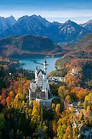 Germany, Deutschland Bavaria, Bayern Swabia, Schwaben Neuschwanstein Castle, Schloss Neuschwanstein Neuschwanstein Castle and Hohenschwangau Castle with Lake Alpsee and Tannheim Mountains, Schwangau near Fuessen