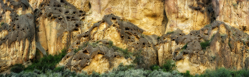 Rock formations in Leslie Gultch, Malheur County, Oregon