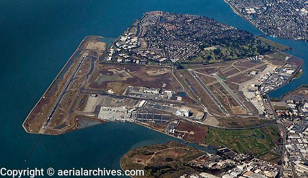 aerial photograph of Oakland International Airport(OAK), Oakland, California