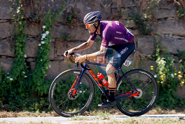Angel Madrazo Ruiz (ESP) Burgos-BH during Stage 20 of La Vuelta d'Espana 2021, running 202.2km from Sanxenxo to Mos, Spain. 4th September 2021.    <br /> Picture: Luis Angel Gomez/Photogomezsport | Cyclefile<br /> <br /> All photos usage must carry mandatory copyright credit (© Cyclefile | Luis Angel Gomez/Photogomezsport)