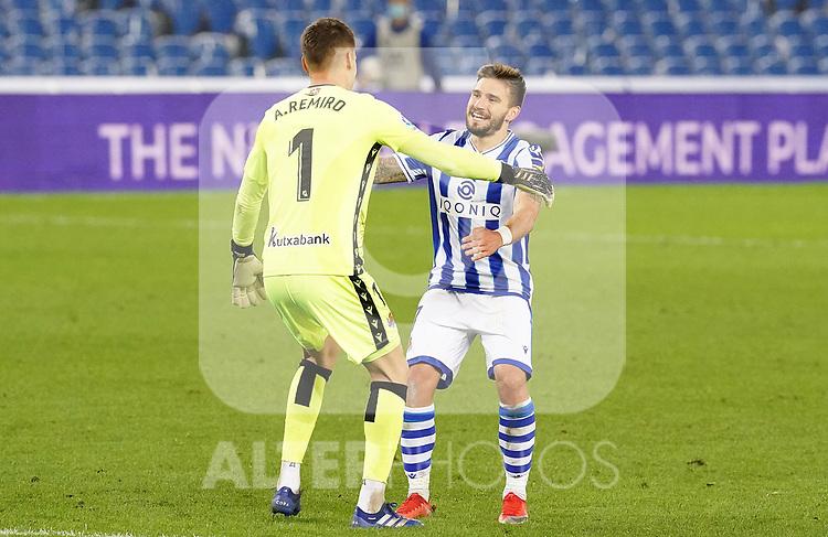 Real Sociedad's Alejandro Remiro (l) and Cristian Portu celebrate goal during La Liga match. October 3, 2020. (ALTERPHOTOS/Acero)