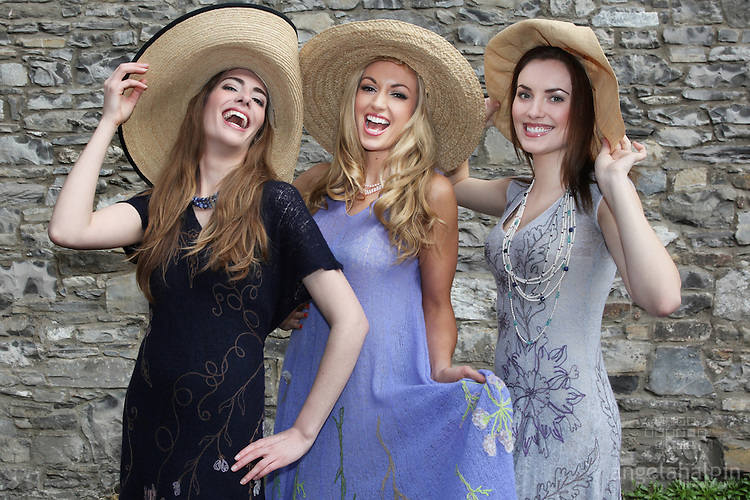 """L-R  Models:  Compton models Virginia (left), Holly Carpenter (right) pictured with Rosanna Davison, wearing  Lainey Keogh Spring/Summer 2011 collection, Jewellery by Fleurie Jewellery,  To launch the Charity Fashion Show """" A Touch of Class"""" on Thurs 10th March at 7pm,  at the Law Library, Distillery Buildings.Hosted by Lorraine Keane. Tickets EUR50, www.touchireland.bluewaterroad.ie Pic Angela Halpin"""