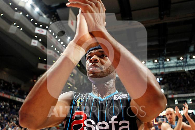 Asefa Estudiantes' Tariq Kirksay celebrates the victory during Liga Endesa ACB match.April 15,2012. (ALTERPHOTOS/Acero)