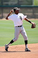 Kyle Davis, Chicago White Sox 2010 extended spring training..Photo by:  Bill Mitchell/Four Seam Images.