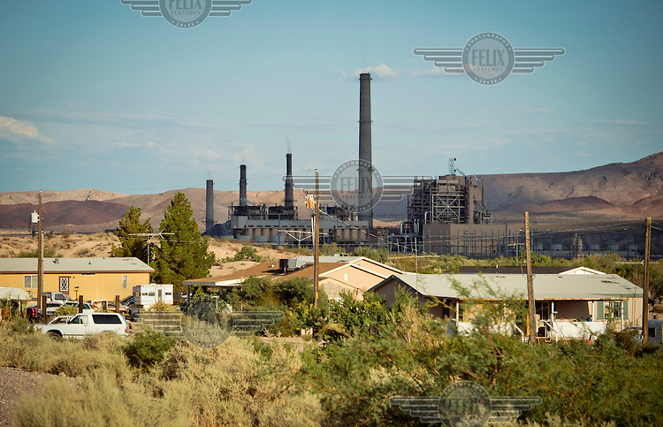 The Reid Gardner coal plant is literally spewing out tons of airborne pollutants such as mercury, nitrous oxide, sulfur dioxide, and greenhouse gases. This has resulted in substantial health impacts on the Moapa community, with a majority of tribal members reporting a sinus or respiratory ailment. The Sierra Club is working with the Moapa Band of Paiutes to transition NV Energy away from the Reid Gardner coal-fired power plant - which sits only 45 miles from Las Vegas and a short walk from community housing at the Moapa River Indian Reservation.