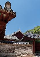 Haupthalle Jeongjeon, konfuzianischer Jongmyo Schrein, Seoul , Südkorea, Asien, UNESCO-Weltkulturerbe<br /> Main hall Jeongjeon in confucian Jongmyo shrine,  Seoul, South Korea, Asia, UNESCO world-heritage