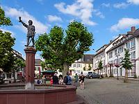 Marktbrunnen uin Rüdesheim, Hessen, Deutschland, Europa<br /> Market Fountain  in Rüdesheim, Hesse, Germany, Europe