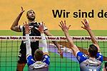 21.11.2020, Zeppelin CAT Halle A1, Friedrichshafen, GER, DVL, VfB Friedrichshafen vs Berlin Recycling Volleys,<br /> im Bild Benjamin Patch (Berlin, #13) konzentriert sich auf den folgenden Schmetterball<br /> <br /> Foto © nordphoto / Hafner