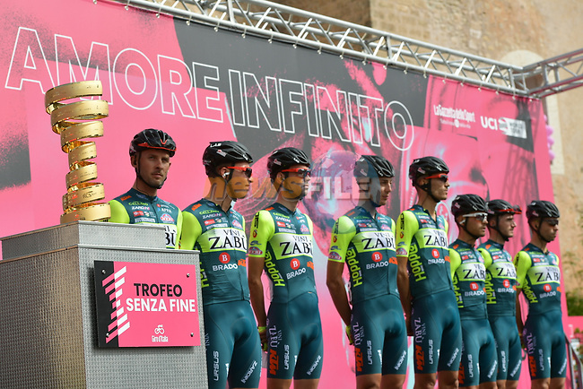 Vini Zabu-KTM at sign on before the start of Stage 2 of the 103rd edition of the Giro d'Italia 2020 running 149km from Alcamo to Agrigento, Sicily, Italy. 4th October 2020.  <br /> Picture: LaPresse/Gian Mattia D'Alberto | Cyclefile<br /> <br /> All photos usage must carry mandatory copyright credit (© Cyclefile | LaPresse/Gian Mattia D'Alberto)