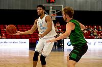 GRONINGEN - Basketbal, Donar - Groen Uilen, voorbereiding seizoen 2021-2022, 21-08-2021,  Donar speler Leon Williams