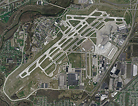 aerial map Cleveland Hopkins International Airport (CLE), Cleveland, Ohio, 2006. For the most recent aerial photo map of CLE, please contact Aerial Archives directly.