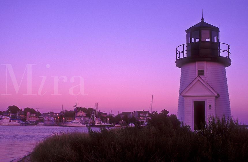 AJ1514, lighthouse, Cape Cod, Massachusetts, Lewis Bay Lighthouse at Inner Harbor in Hyannis along the Atlantic Coast, Massachusetts at [sunset, sunrise].