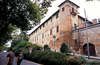 Montebello della Battaglia, paese in provincia di Pavia. La canonica della Chiesa dei Santi Gervasio e Protasio --- Montebello della Battaglia, village in the province of Pavia. The rectory of the church of Saints Gervaso and Protasio