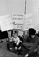 Occupation - manifestation pour les droits de la femme et du travail <br /> Decembre 1972 (date exacte inconnue)<br /> <br /> PHOTO : Agence Quebec Presse -  Alain Renaud