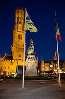 Belgique, Flandre-Occidentale, Bruges, centre historique classé Patrimoine Mondial de l'UNESCO, Markt, beffroi construit entre le XIIIe au XIXe siècle // Belgium, Western Flanders, Bruges, historical centre listed as World Heritage by UNESCO, Markt, blefry built between the 13th and 19th century