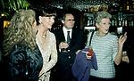 ELSA MARTINELLI, BERTHOLD VON STOHRER E NICOLETTA MARESCA DI SERRACAPRIOLA<br /> COMPLEANNO ELSA MARTINELLI AL JEFF BLYNN'S   ROMA 2000
