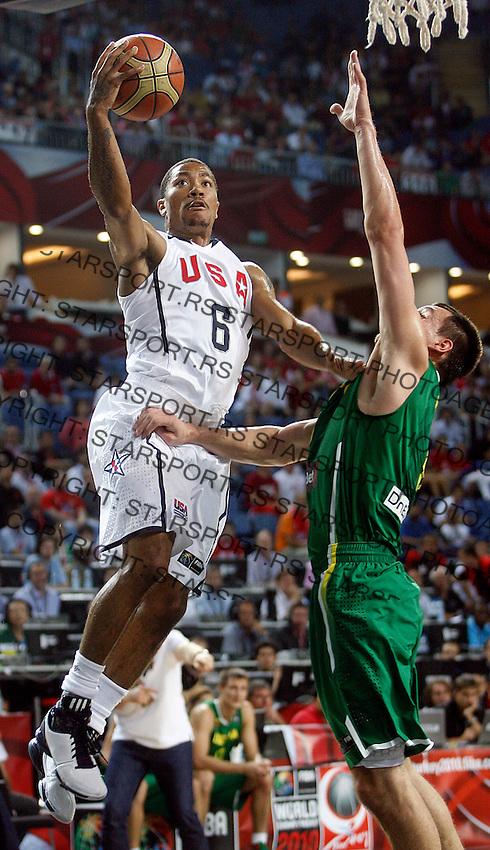 Derrick ROSE (USA) passes Paulius JANKUNAS (Lithuania)  during the semi-final World championship basketball match against Lithuania in Istanbul, USA-Lithuania, Turkey on Saturday, Sep. 11, 2010. (Novak Djurovic/Starsportphoto.com) .
