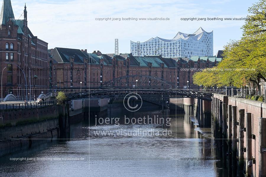 GERMANY, Hamburg, historical port town and concerthall  / DEUTSCHLAND, Hamburg, historische Speicherstadt und Elbphilharmonie