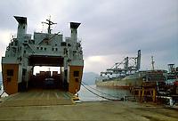 - container ship in La Spezia harbor....- navi portacontainer nel porto di La Spezia