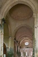 Europe/France/Aquitaine/24/Dordogne/Périgord Noir/Saint-Amand-de-Coly: L'abbaye de Saint-Amand-de-Coly- la nef et le choeur