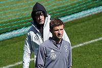 Bundestrainer Joachim Loew (Deutschland Germany) und Thomas Mueller (Deutschland Germany) - Seefeld 30.05.2021: Trainingslager der Deutschen Nationalmannschaft zur EM-Vorbereitung