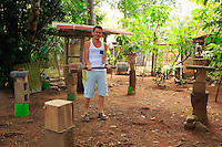 """In Quepos -  Jayson works in a coffee-roasting company. Today he has 37 hives of stingless bees. He began the project with one hive four years ago. """"My plan is to buy a farm in the mountains to have the space to continue and expand my work as a breeder, to observe them and study them. Last year I sold some of my honey to my friends and also some hives"""". ///A Quepos-  Jayson travaille dans une entreprise de torréfaction de café. Il a aujourd'hui près de 37 ruches de ses abeilles sans dard. Il a commencé ce projet avec une ruche il y a quatre ans. «Mon projet est d'acheter une ferme à la montagne pour avoir la place de continuer et d'agrandir son travail de reproducteur, pour pouvoir les observer, les étudier. L'année dernière, j'ai vendu un peu de miel à ses amis et aussi quelques ruches»."""