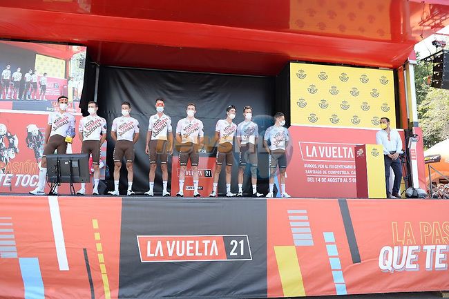 AG2R Citroen Team best team from yesterday's stage at sign on before the start of Stage 11 of La Vuelta d'Espana 2021, running 133.6km from Antequera to Valdepeñas de Jaén, Spain. 25th August 2021.     <br /> Picture: Cxcling | Cyclefile<br /> <br /> All photos usage must carry mandatory copyright credit (© Cyclefile | Cxcling)