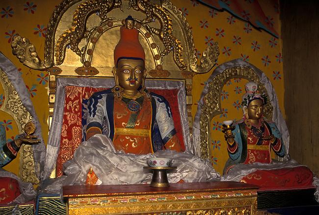 Statue of King Songtsen Gampo, Trandruk Temple Monastery, Yarlung Valley, Tibet, Tibetan Autonomous Region, China, Asia