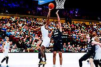 GRONINGEN - Basketbal, Donar - Apollo Amsterdam , Dutch Basketbal League, seizoen 2021-2022, 26-09-2021, Donar speler Amanze Egekeze met Apollo speler Benicio Leons