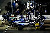 Takuma Sato, Rahal Letterman Lanigan Racing Honda, pit stop