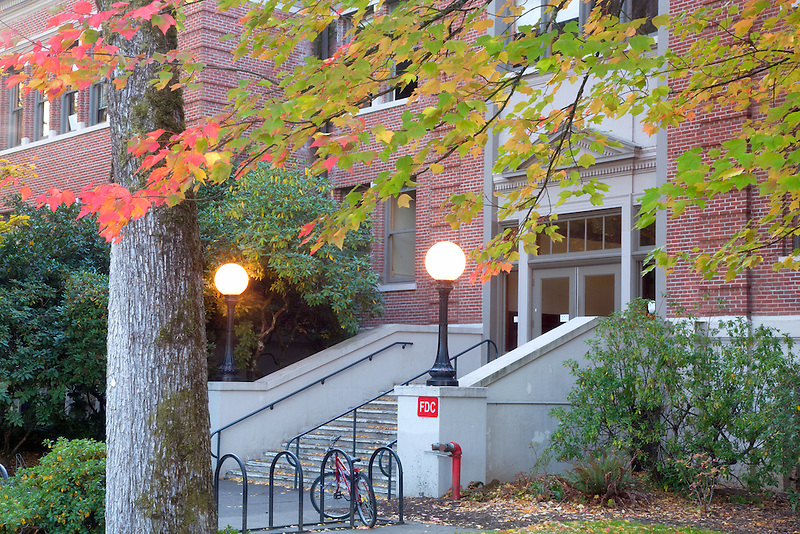 Moreland Hall with fall color. Oregon State university.