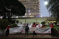 Campinas (SP), 19/04/2021 - Educação-SP - Ato realizado em frente a prefeitura de Campinas, interior de São Paulo, contra a abertura de escolas na cidade, nesta segunda-feira (19).