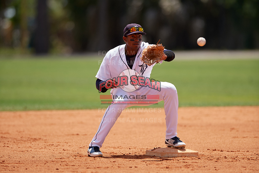 Detroit Tigers second baseman Isrrael De La Cruz (70) during a Minor League Extended Spring Training game against the Toronto Blue Jays on May 23, 2019 at Tigertown in Lakeland, Florida.  (Mike Janes/Four Seam Images)