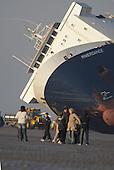 2008-02-17 Riverdance Ferry Beached