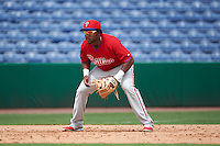 Philadelphia Phillies third baseman Maikel Franco (12), on rehab for a wrist injury, in the field during an instructional league game against the New York Yankees on September 29, 2015 at Brighthouse Field in Clearwater, Florida.  (Mike Janes/Four Seam Images)