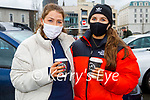 Enjoying a chat and a cuppa in Killarney on Friday, l to r: Charlene O'Connor and Karol Fleming